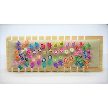 Lot 16 Paires Boucles D'oreilles 4 modèles 4 couleurs de chaque mélangé